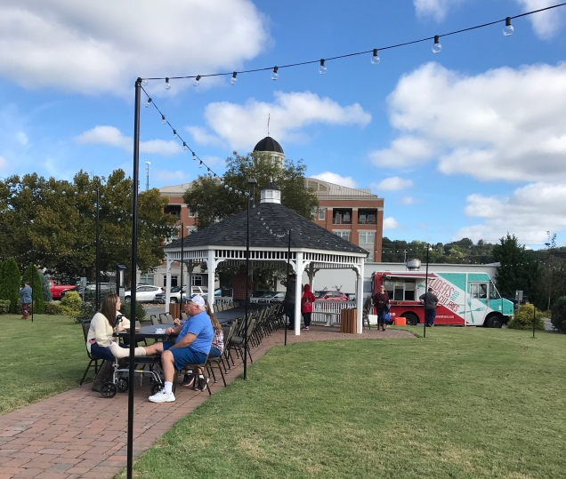 Food Truck Fridays – Out and About in Sevierville